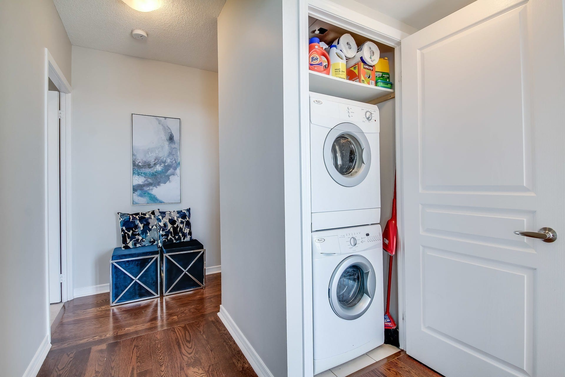 The Top Best Water Resistant Flooring For A Laundry Room
